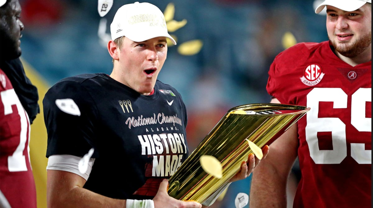 Patriots Select Mac Jones With No. 15 Pick in 2021 NFL Draft