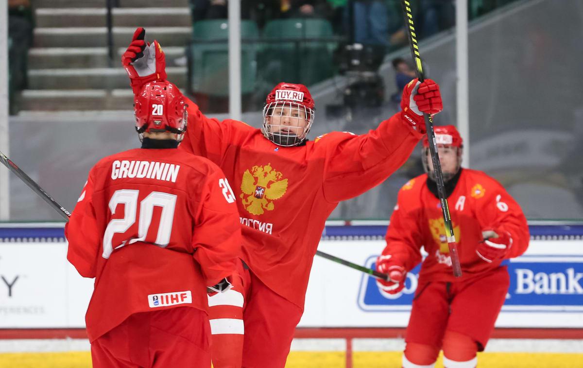 Nobody Can Stop 16-Year-Old Phenom Matvei Michkov