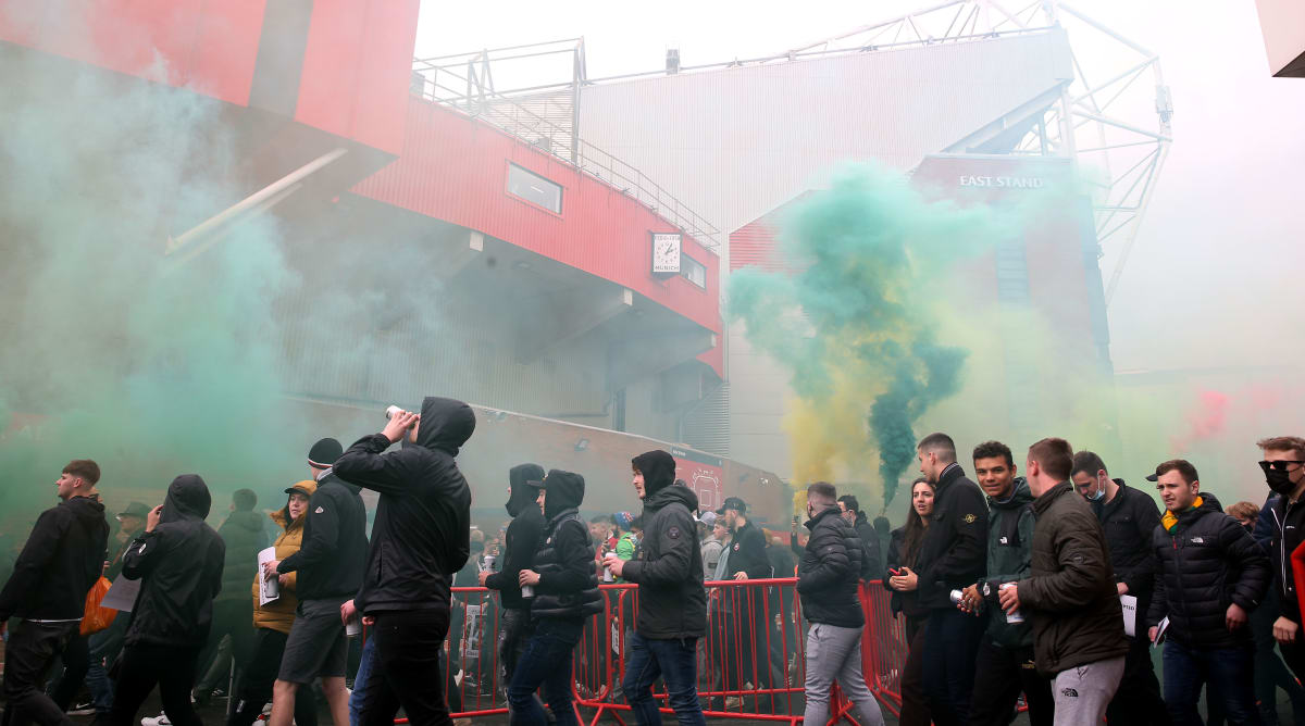 Manchester United Fans Break Into Old Trafford in Protest, Delaying Liverpool Match