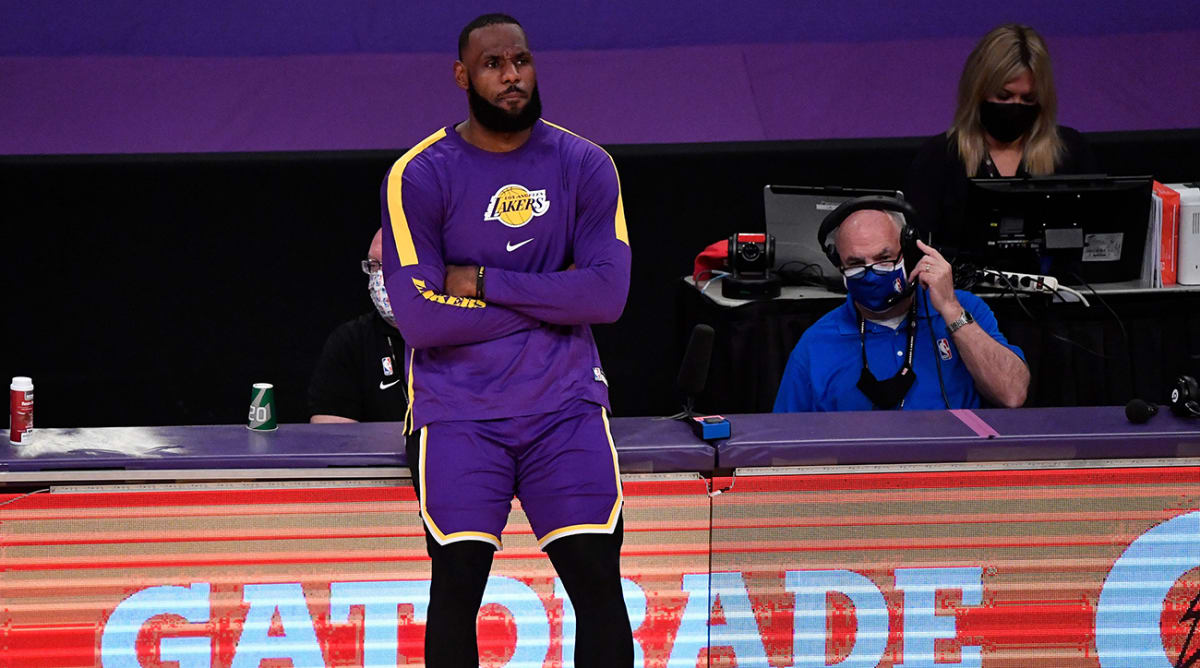 Report: LeBron James Out Against Nuggets Due to Sore Right Ankle