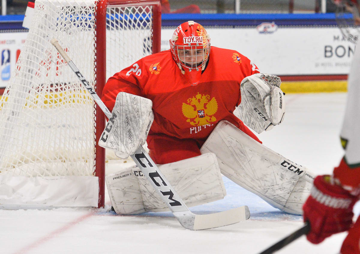 Top 2022 Goalie Prospect Sergei Ivanov Making Noise at U18s