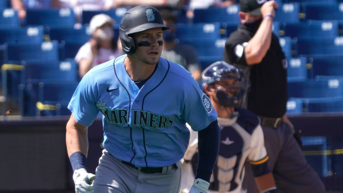 Report: Mariners Expected to Promote Top Prospect Jarred Kelenic
