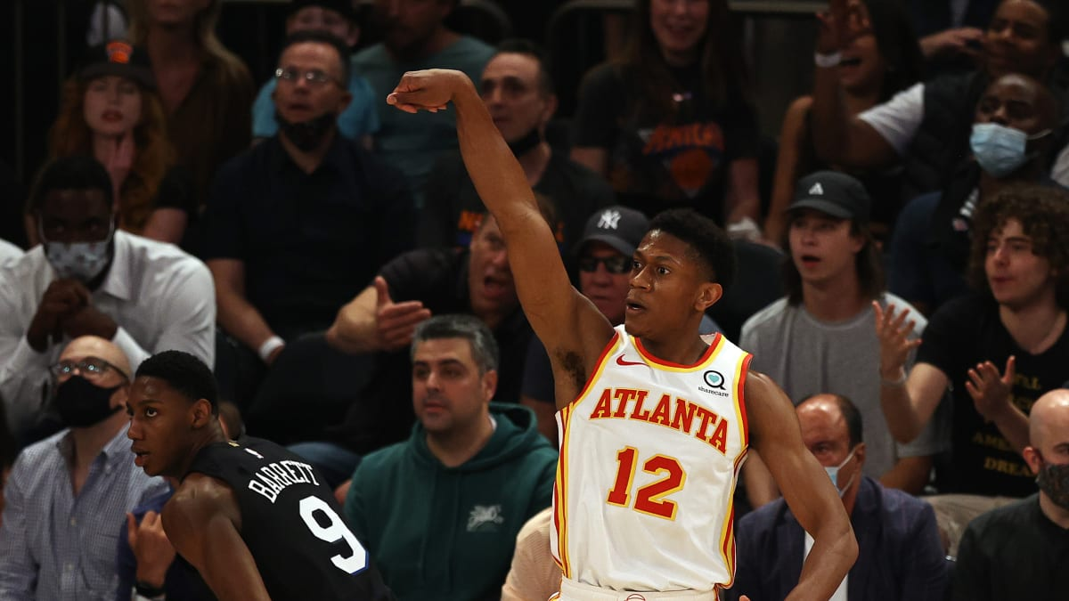 De'Andre Hunter to Miss Remainder of NBA Playoffs With Knee Injury