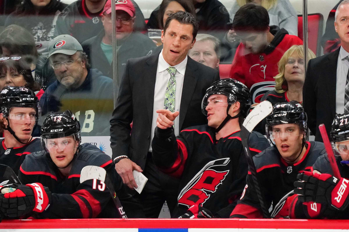Brind'Amour, Hurricanes Agree to Long-Term Extensions