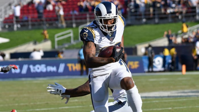 Rams Trade CB Marcus Peters to Ravens