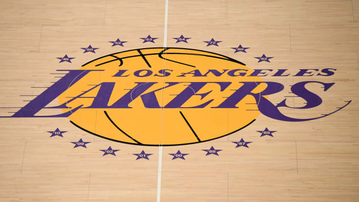 Lakers Fan Raised Nearly $43K to Distribute 'Stand With Hong Kong' Shirts at Season Opener