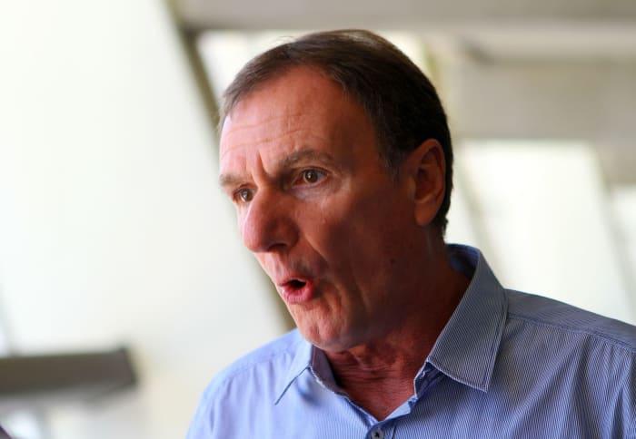Liverpool Legend Phil Thompson Encourages Jurgen Klopp To