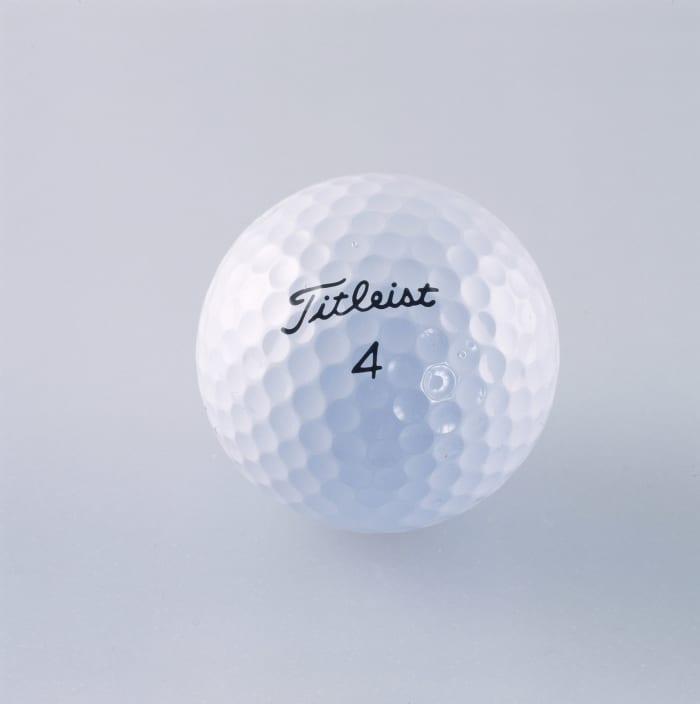 Certains croient que l'USGA et le R&A limiteront la balle de golf dans le but de limiter les distances de conduite.