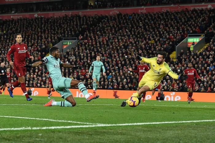 English Premier League: Liverpool remain unbeaten ...  |Liverpool- Arsenal