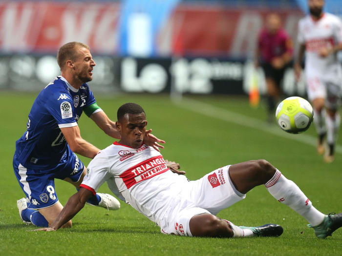 West Ham Confirm Signing of French Defender Issa Diop on Five-Year Deal