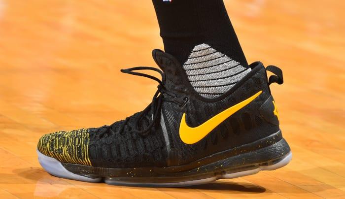 kevin-Durant-nike-sneakers.jpg