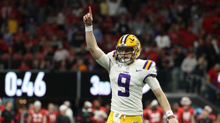 Joe Burrow Throws Four TDs as LSU Routs Georgia in SEC Title Game