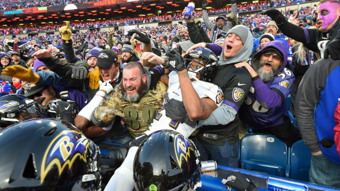 Here's an NFL Celebration You've Never Seen Before: TRAINA THOUGHTS