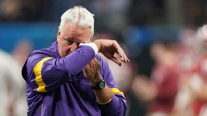 LSU OC Steve Ensminger's Biggest Call on a Heartbreaking Saturday Came Off the Field