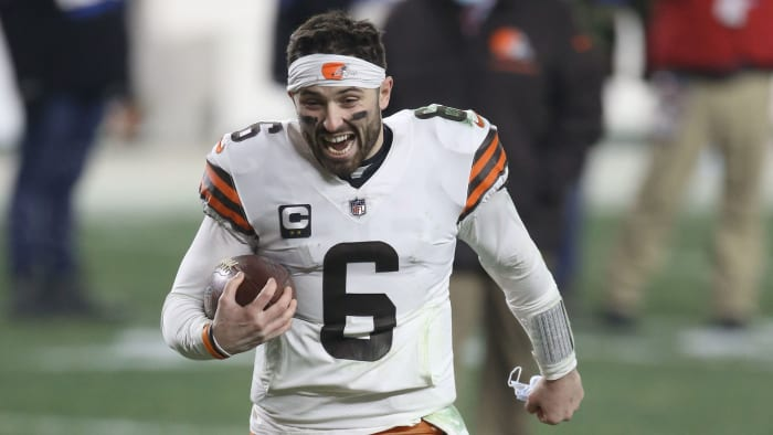 Baker Mayfield celebrates leaving the field after the Browns' loss to the Steelers in the playoffs