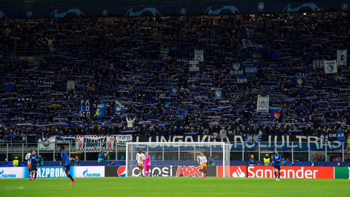 Atalanta played Valencia in the Champions League in the San Siro in Milan