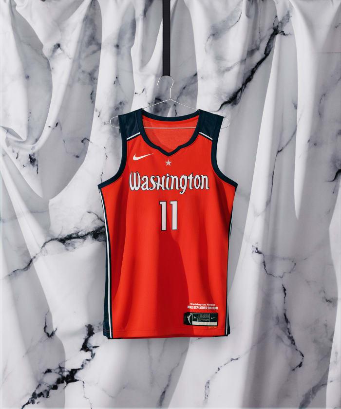 NikeNews_SP21_BB_WNBA_NIKE_HER_EDITION_NA_WASHINGTON_EPLORER_HERO_000370_original