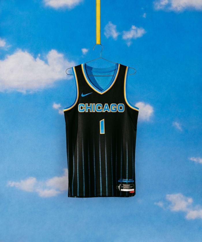 NikeNews_SP21_BB_WNBA_NIKE_HER_EDITION_NA_CHICAGO_EXPLORER_HERO_000324_original