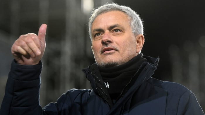 Roma hires José Mourinho as coach