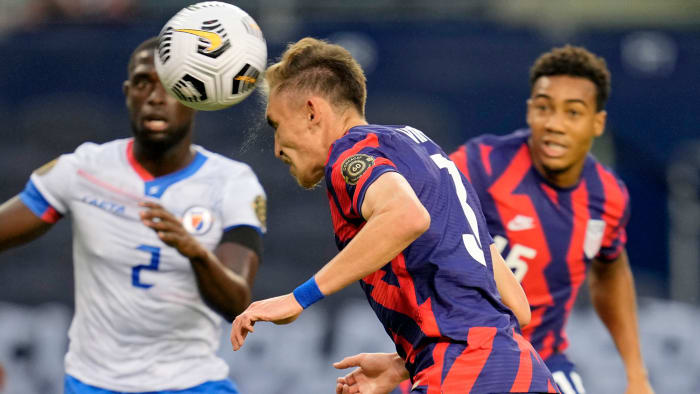 Sam Vines scores for United States against Haiti in Gold Cup