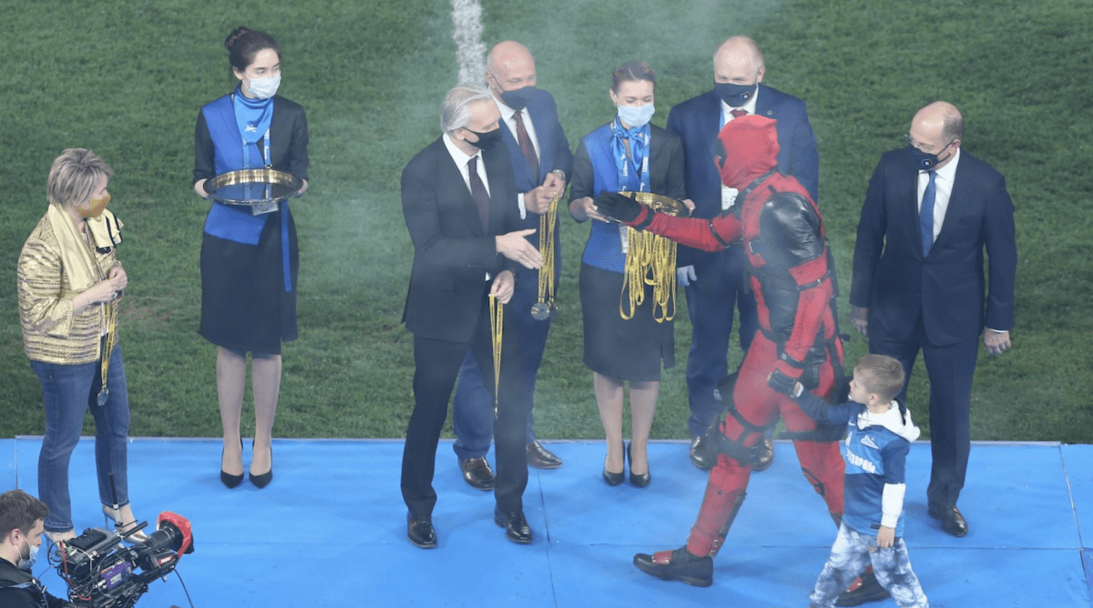Zenit Captain Dons Deadpool Costume in Russian Premier League Trophy Ceremony