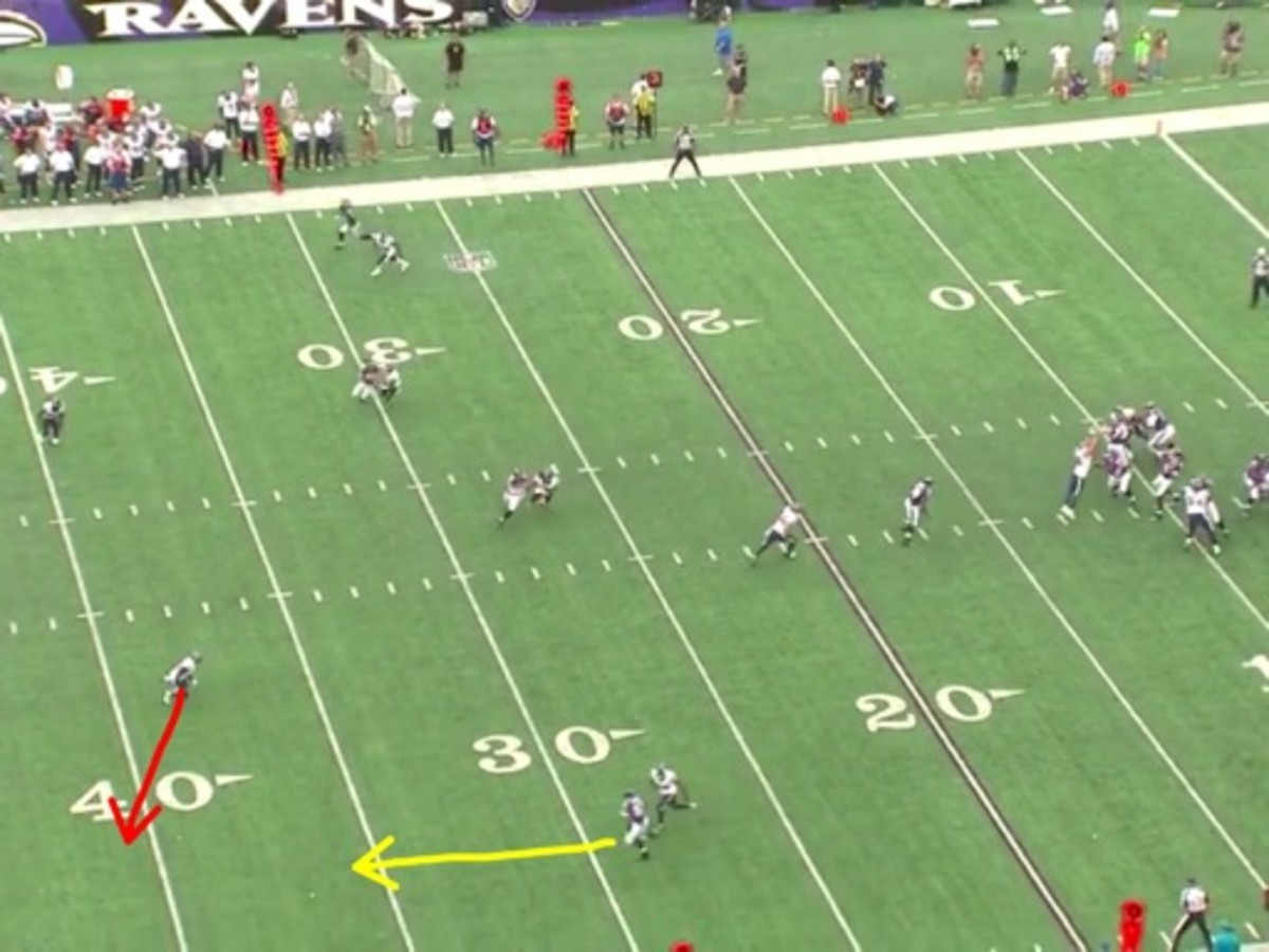 Manning is too far at this point to help, but it all started with poor technique from Joseph. If you watch the play in full speed Joseph actually slows down during the play for no obvious reason and that is when Smith creates the space.