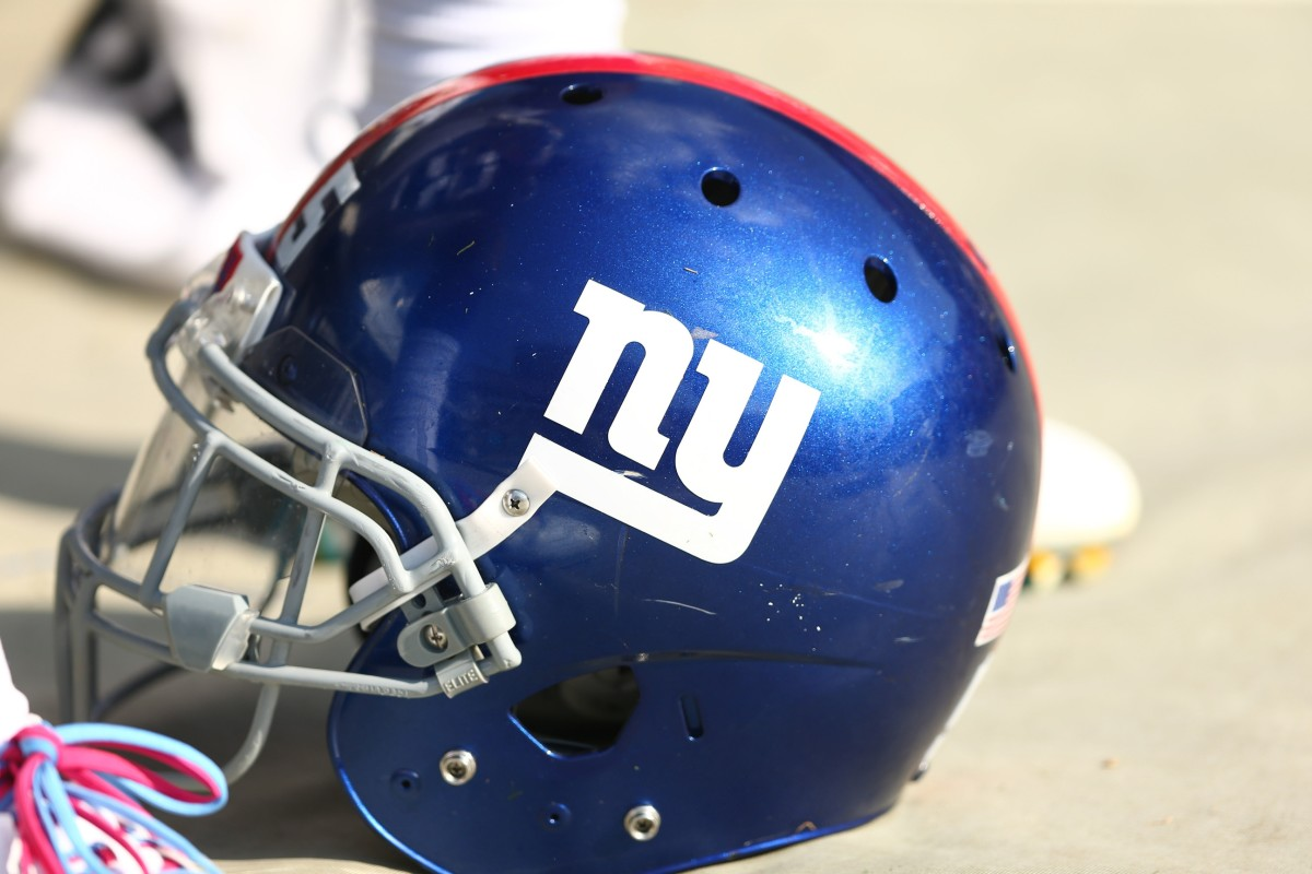 New York Giants Three-Round Mock Draft After Dolphins ...