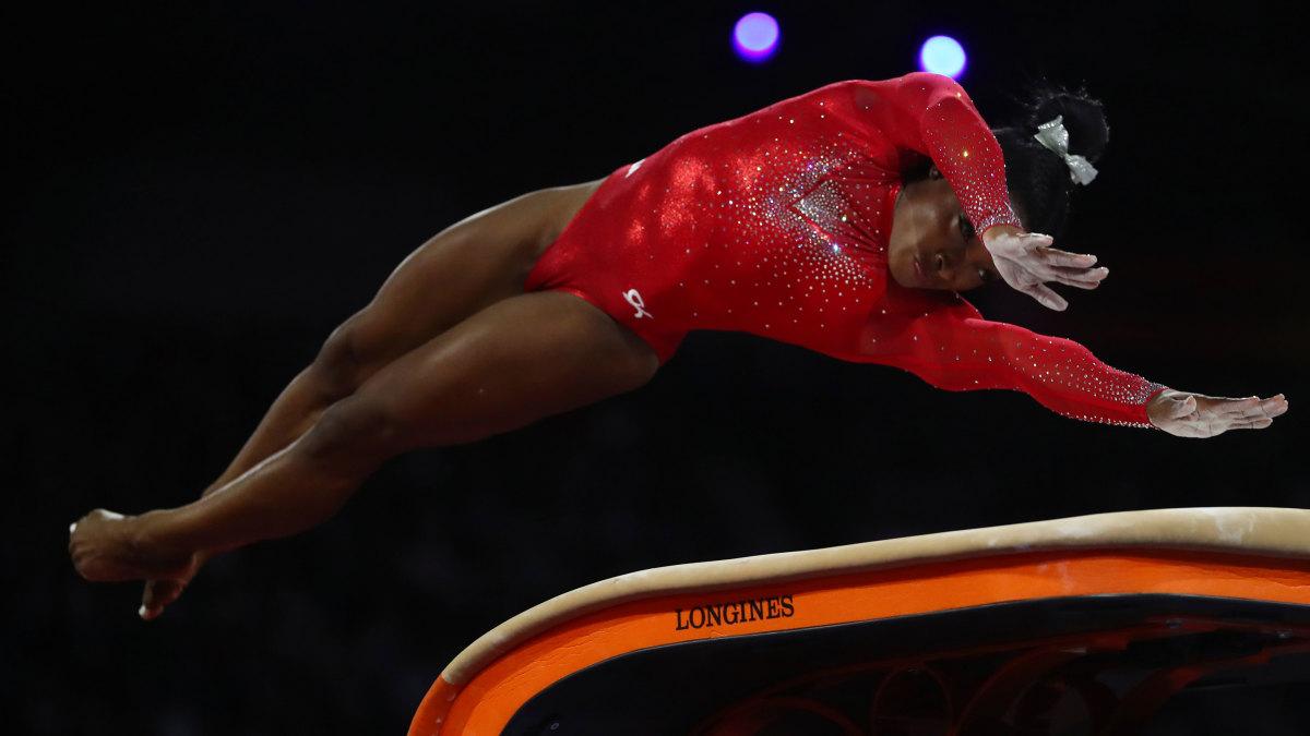Simone-Biles-World-Record