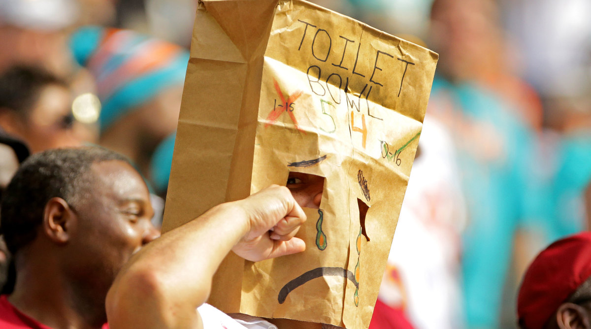 Live From the Toilet Bowl: The Clash Between the NFL's Two Worst Teams - Sports Illustrated