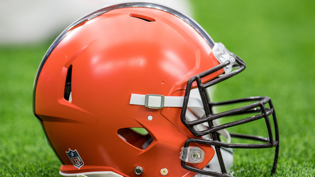 Man misidentified by Browns for throwing beer sues