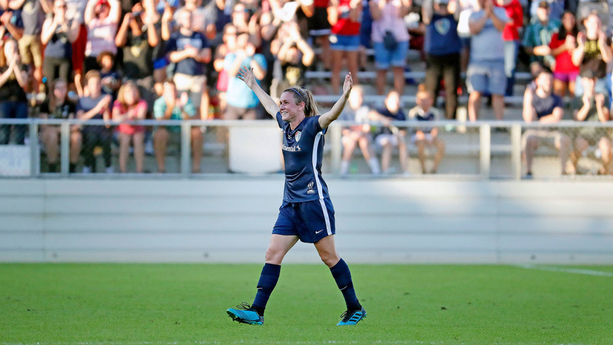 Heather O'Reilly retires as an NWSL champion