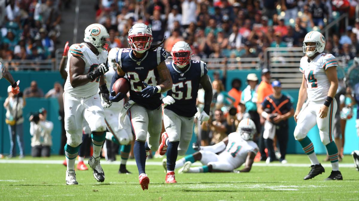 Stephon Gilmore pick-six touchdown