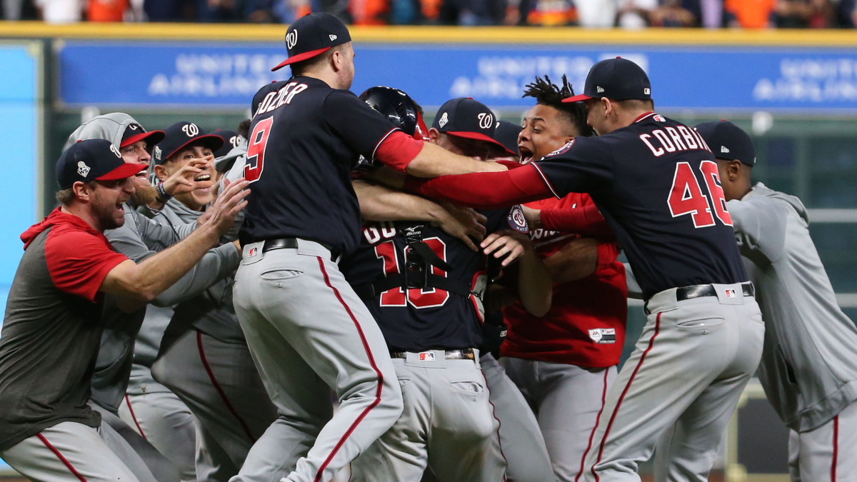 what team won the first world series