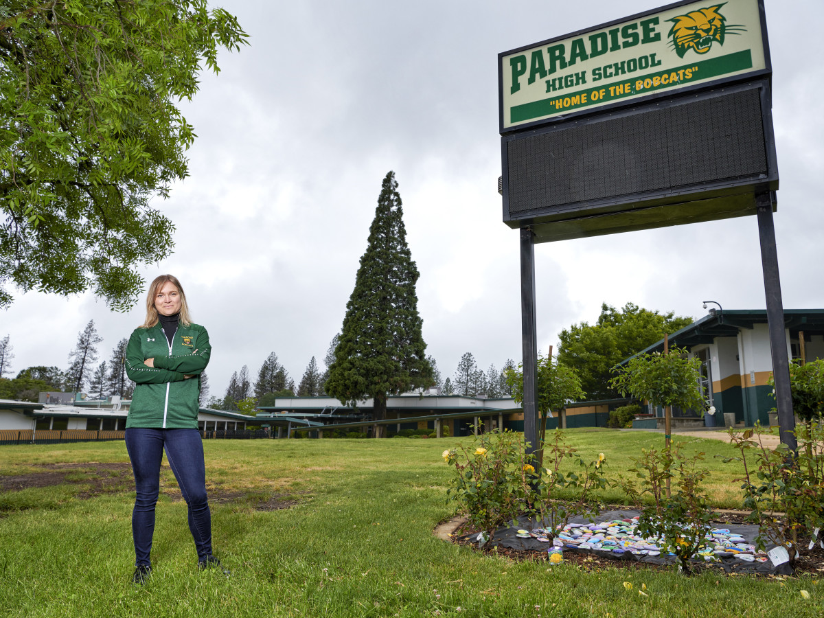 Annie Stearns stands in front of Paradise High School.