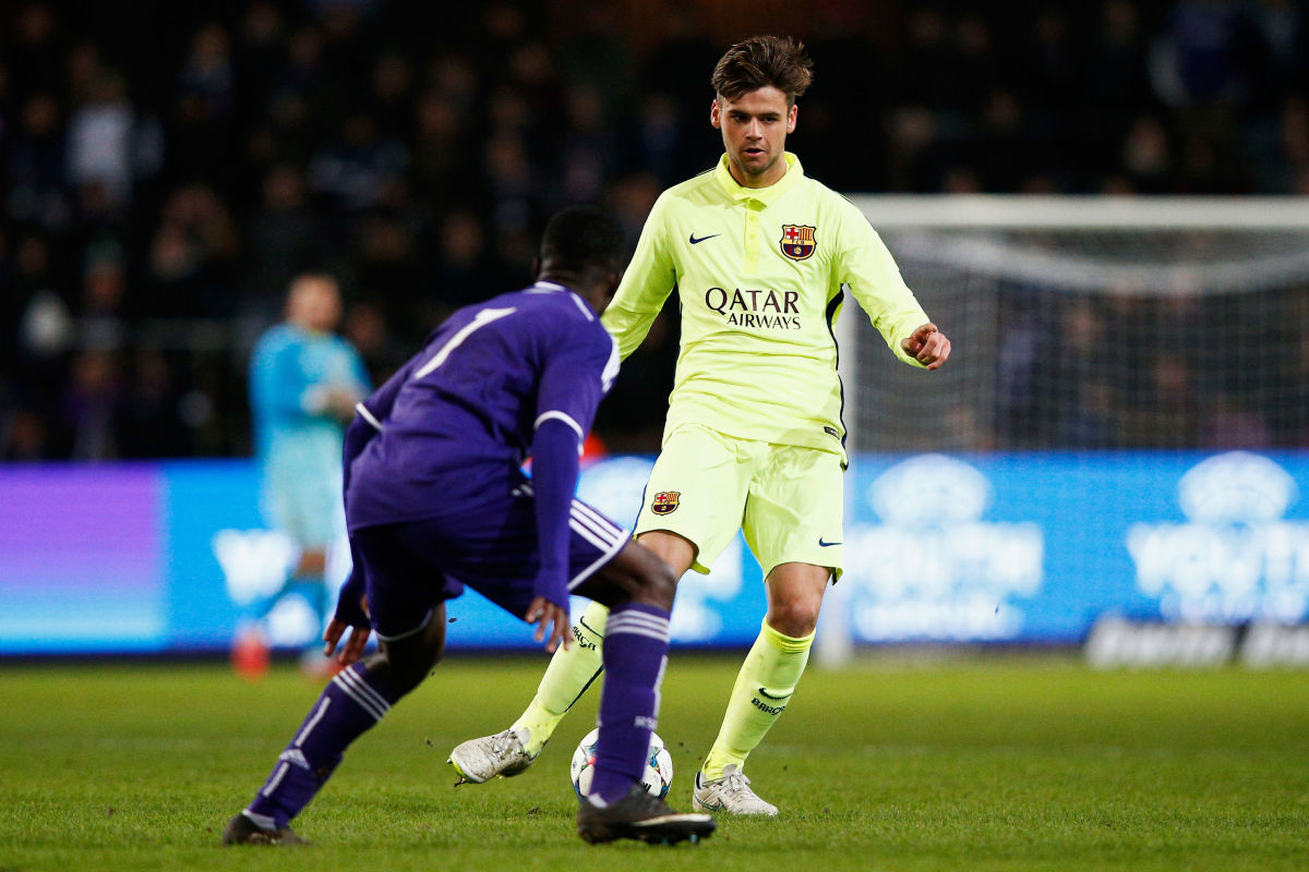 rsc-anderlecht-v-fc-barcelona-uefa-youth-league-round-of-16-5c308704e2af72d528000001.jpg
