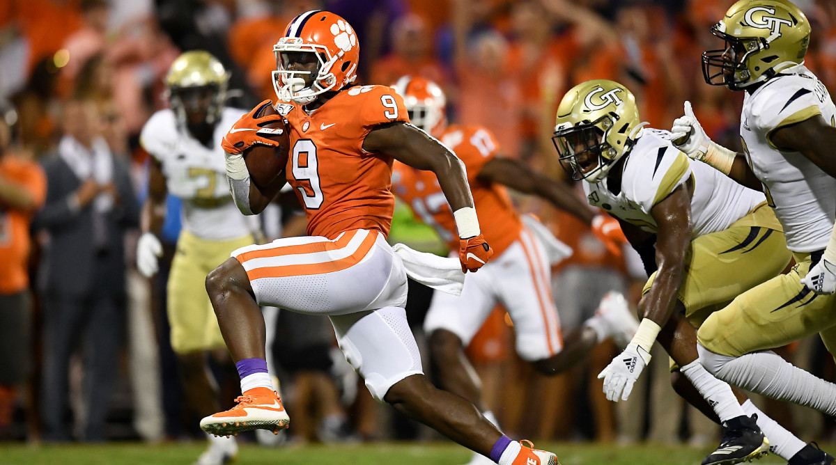 No. 1 Clemson Reminds Rest of College Football It Has an All-World Tailback Too