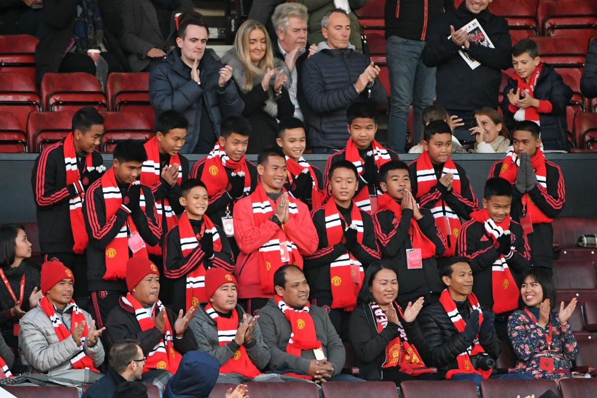 thai-soccer-team-manchester-united-game_0.jpg