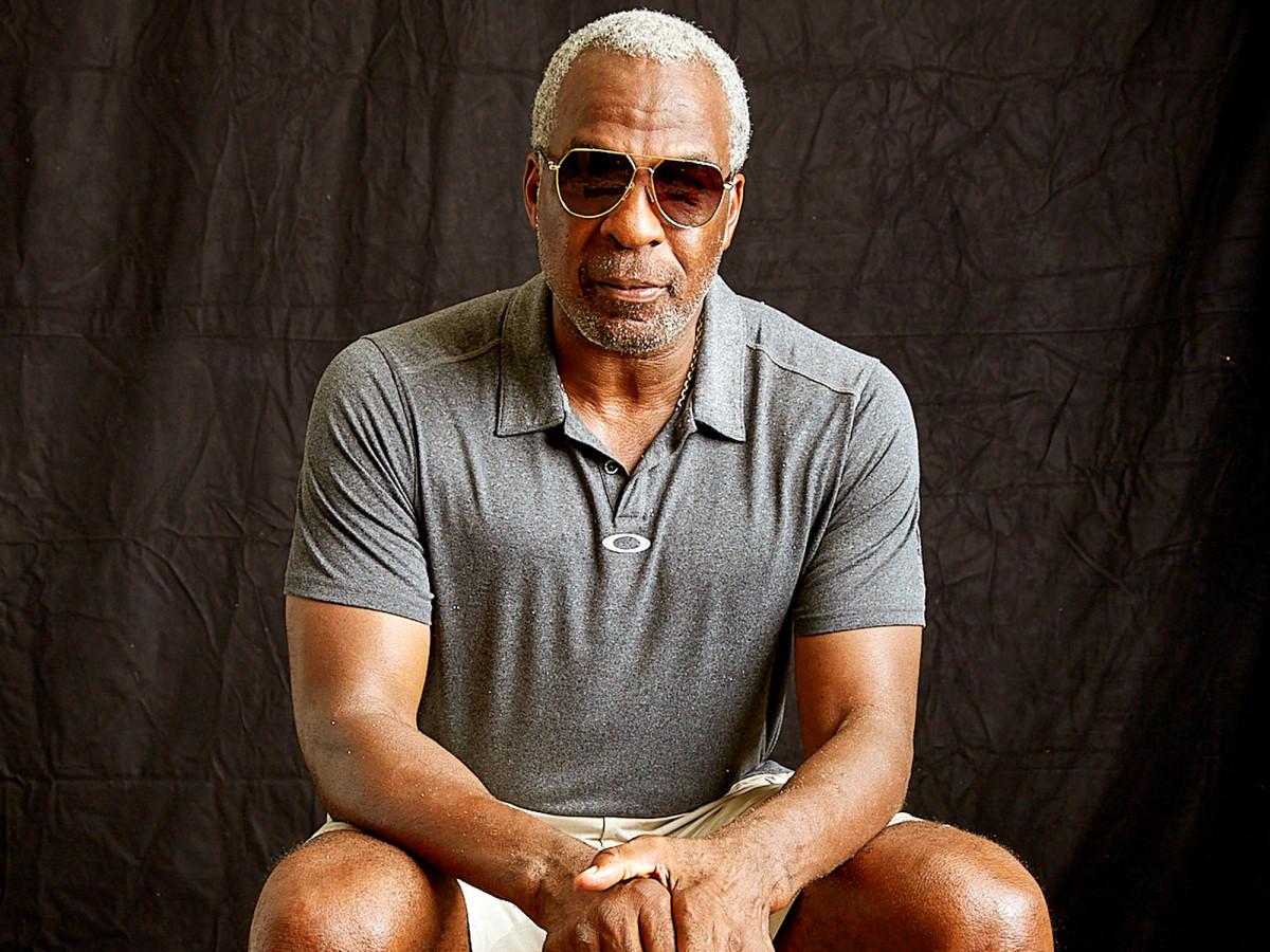 charles-oakley-retired-athletes-watn.jpg