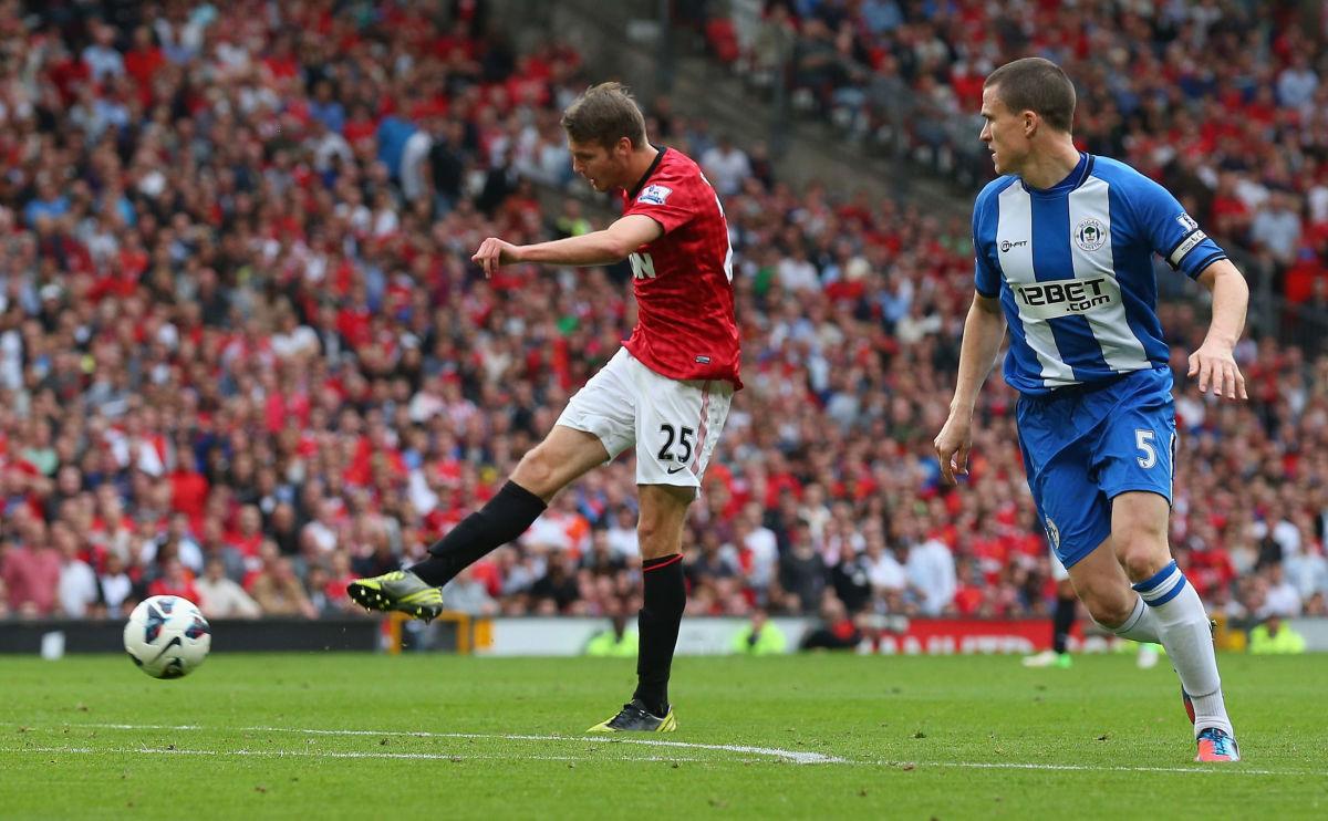 manchester-united-v-wigan-athletic-premier-league-5d541ec387ca986398000003.jpg