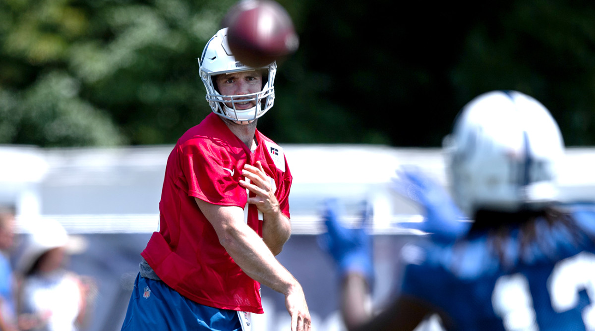 andrew-luck-colts-camp.jpg
