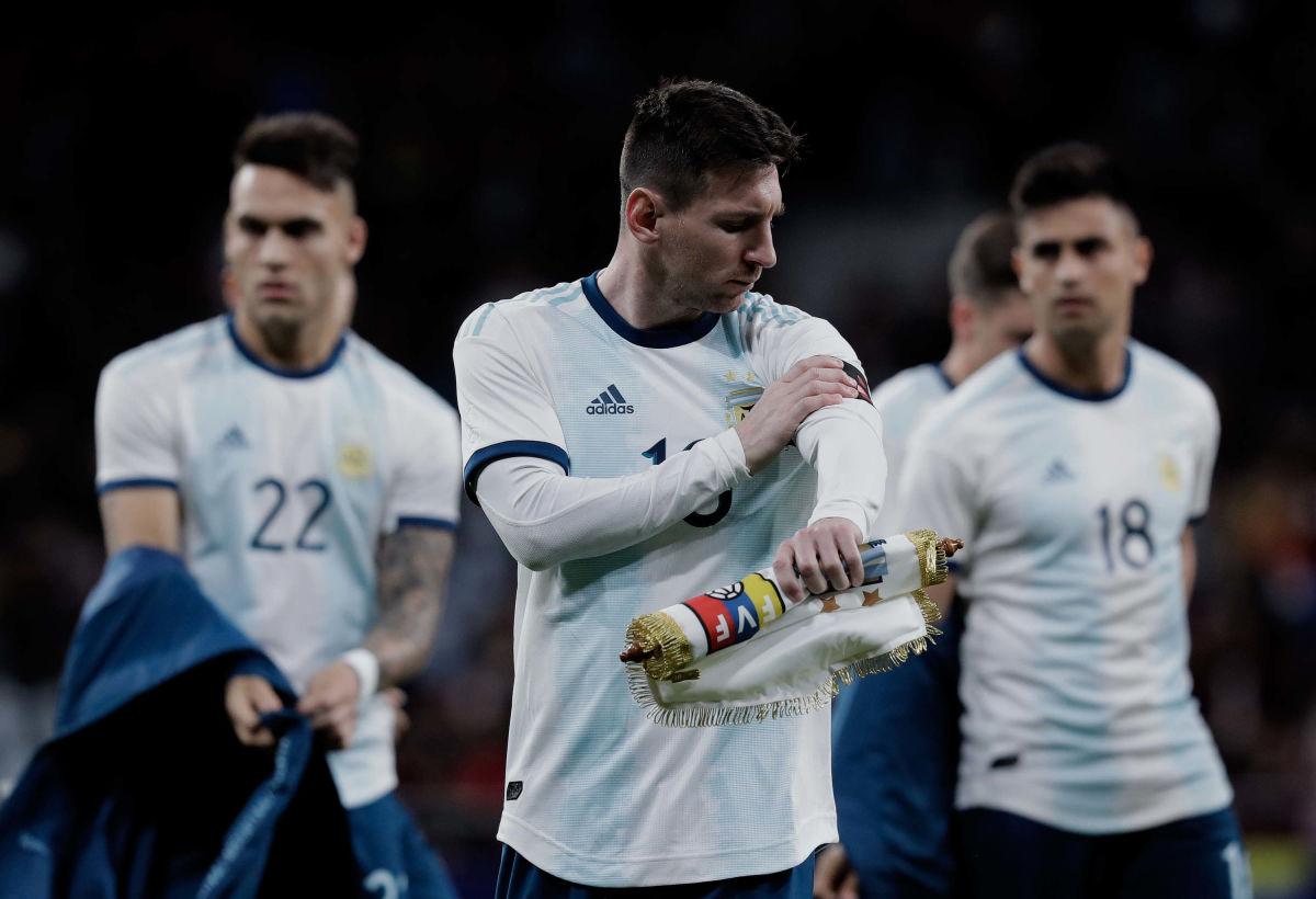 argentina-v-venezuela-international-friendly-5c9aa0832cf1f59cfc000001.jpg