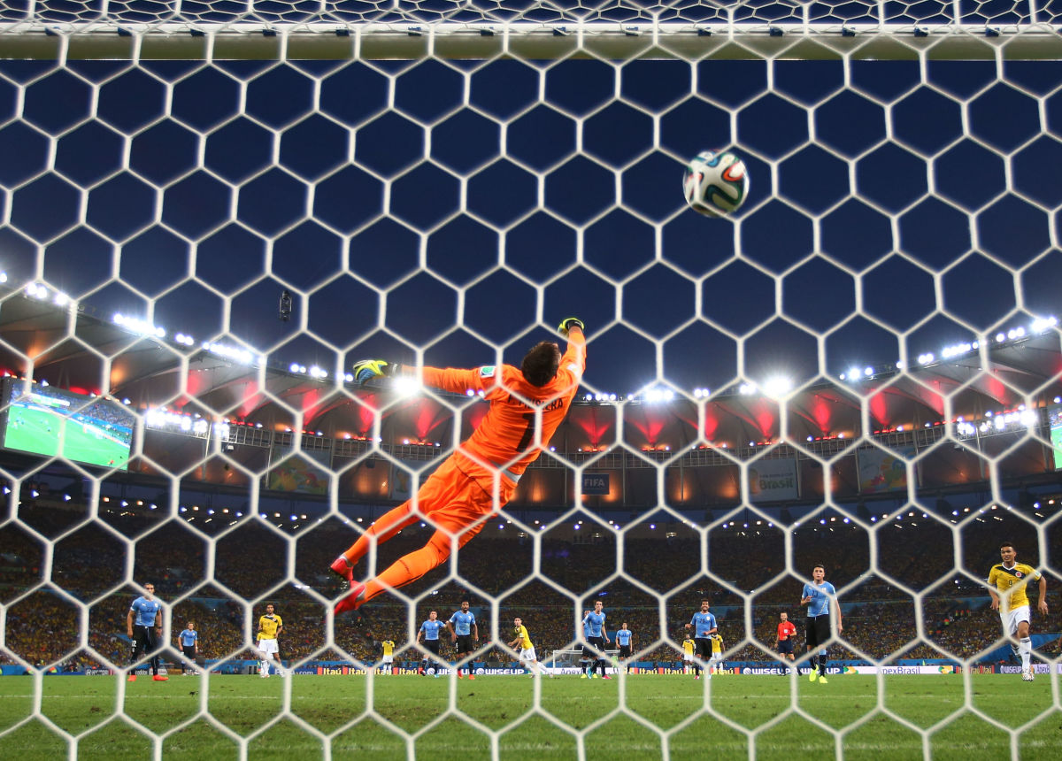 colombia-v-uruguay-round-of-16-2014-fifa-world-cup-brazil-5d1617023ee312138f000001.jpg
