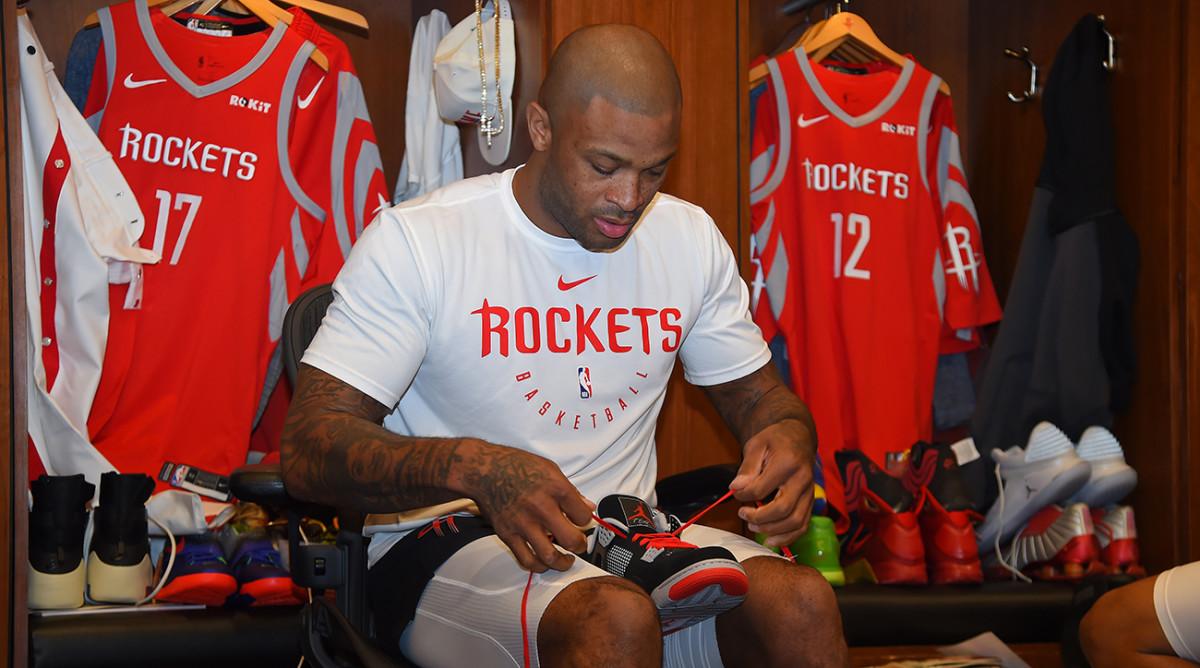 pj-tucker-sneakers-rockets.jpg