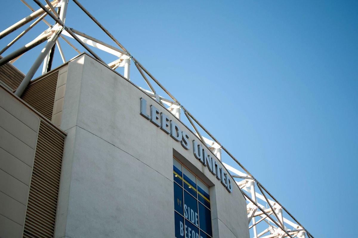 leeds-united-v-bolton-wanderers-sky-bet-championship-5cf040ca842ad5d190000001.jpg
