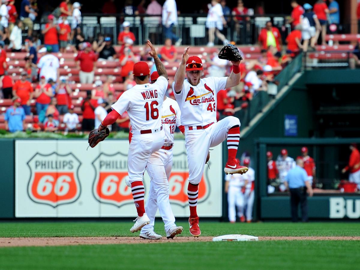 cardinals-wong-bader-celebrate-inline-shapiro.jpg