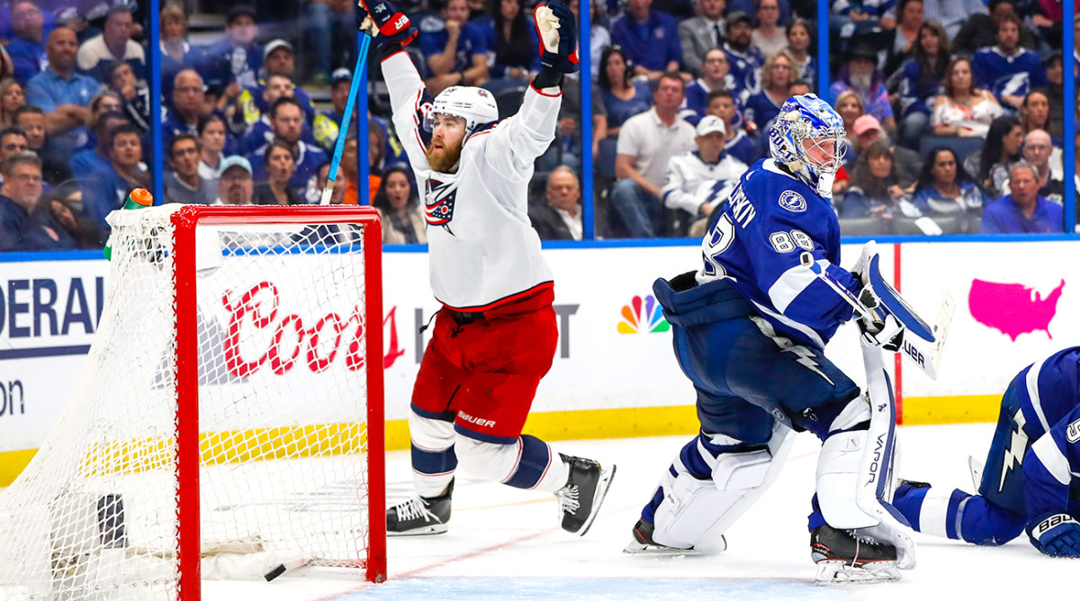 Roundup: Blue Jackets stun Lightning in Game 1