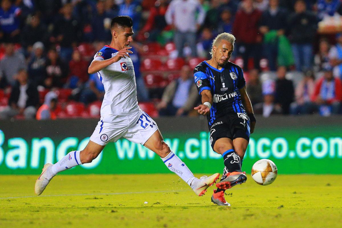 queretaro-v-cruz-azul-playoffs-torneo-apertura-2018-liga-mx-5d40f9b81be0bdd323000001.jpg