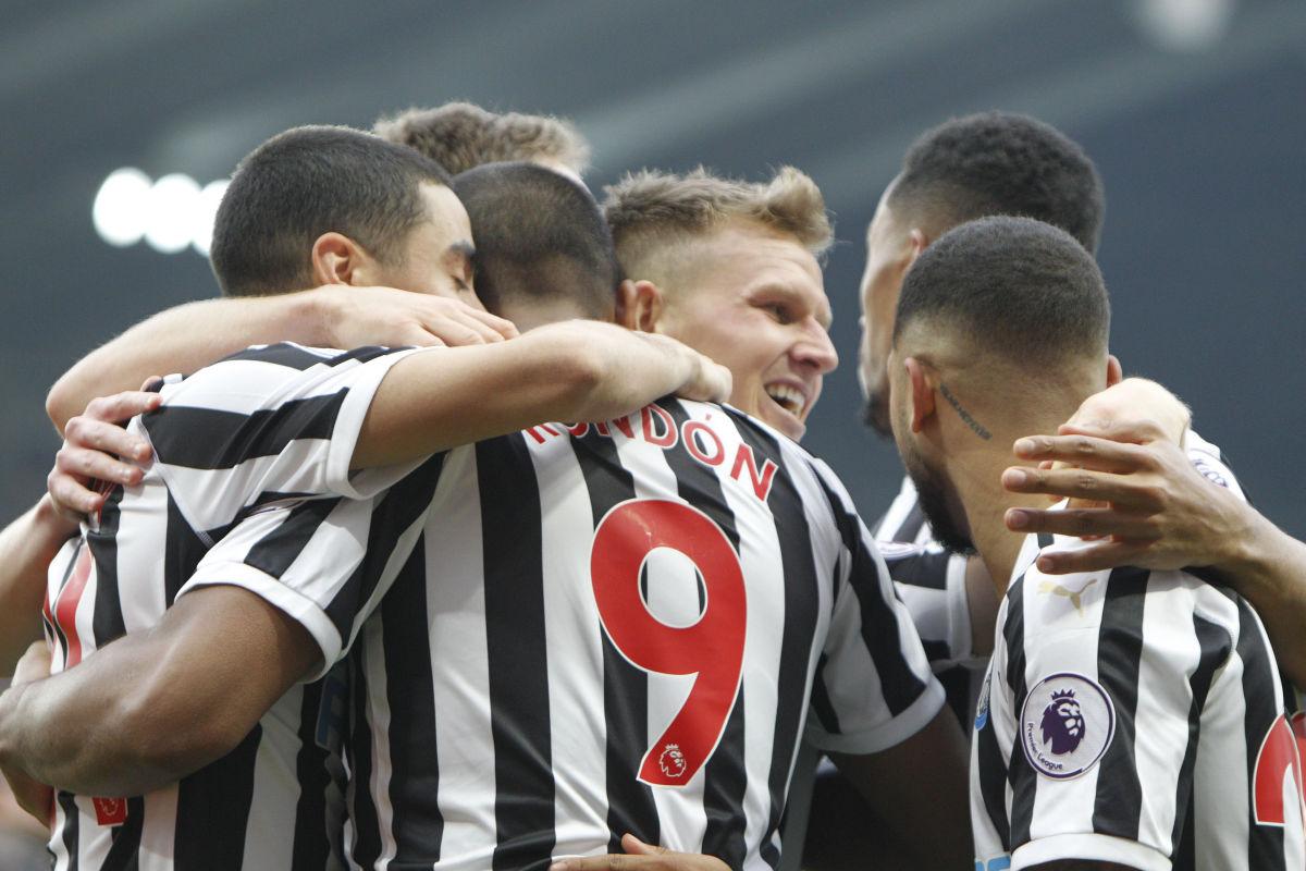 newcastle-united-v-huddersfield-town-premier-league-5c72cda8d9608f661c000003.jpg