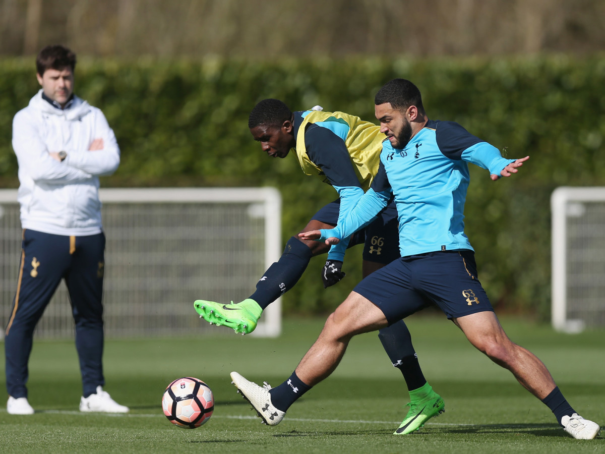 carter-vickers-tottenham-training.jpg