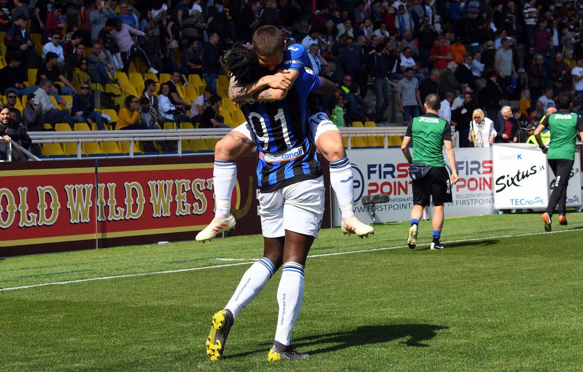 parma-calcio-v-atalanta-bc-serie-a-5ca5e989ce60b7ddfb000001.jpg